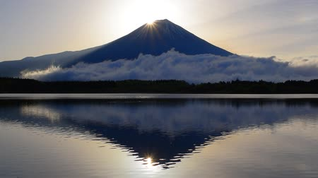 sunrise light : Diamond Mt.Fuji from Lake Tanuki Japan 04  26  2018 Stock Footage