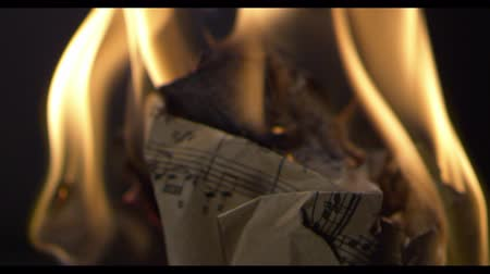ardente : The musical book is on fire, old paper, notes