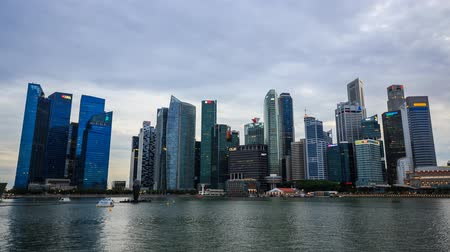paisagem urbana : Day to night Time-lapse of central business district building of Singapore city