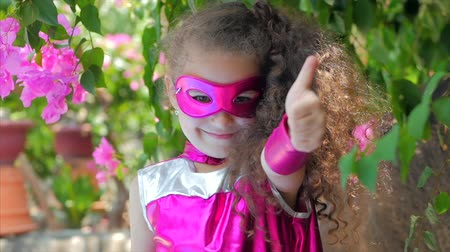 plášť : Beautiful Llittle Girl in the Superhero Costume, Close Up Portrait Child in the Mask of the Hero.