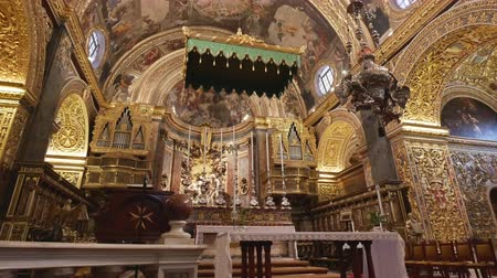 고대 : Valletta, Malta, the altar of Saint Johns Co Cathedral 무비클립