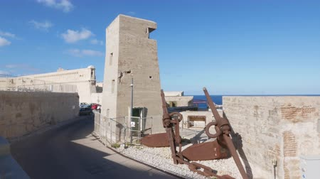 Мальта : Valletta, Malta, National War Museum Fort St Elmo Стоковые видеозаписи