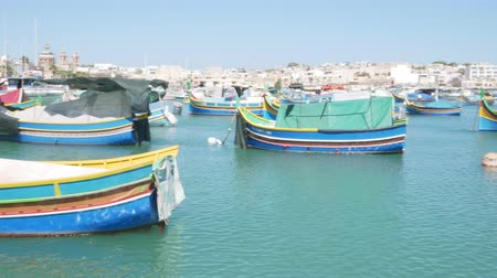 plachta : Marsaxlokk, Malta, view of the harbor