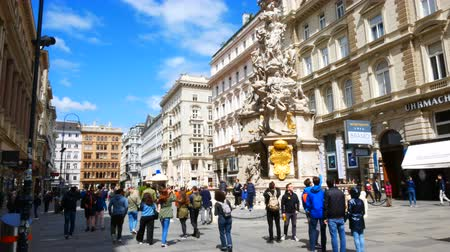 kolumna : Vienna, Austria, view of Plague Column in Graben street Wideo