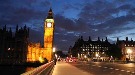 wielka brytania : Parliament and Big Ben at night, London, England