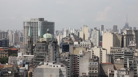latin amerika : The big city of Sao Paulo and the famous Se Cathedral, Brazil Stock mozgókép