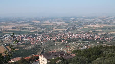 toscana : View of the Italian countryside in Tuscany