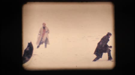 eight : Vintage 8mm. Friends having a snow fight ??'?¨'Äú Original slow motion