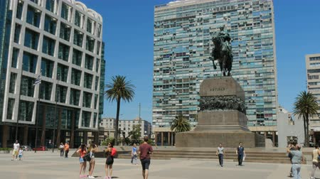 Plaza General Artigas in Montevideo, Uruguay, op 9 december 2017.