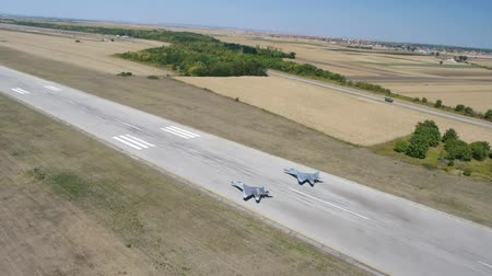 terrorizmus : Aerial view of military airplanes exercises
