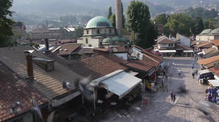 religião : Aerial view on Sarajevo famous religion places. Vídeos