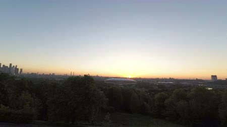 mais : Sunrise on the Sparrow Hills above Moscows Luzhniki Stadium, Russia