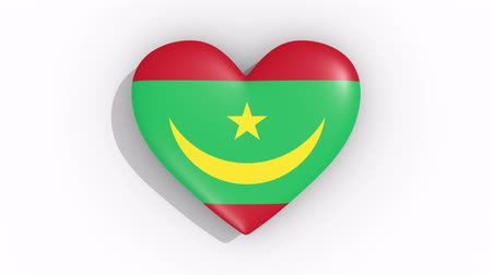 mouro : Heart in colors flag of Mauritania pulses, loop.
