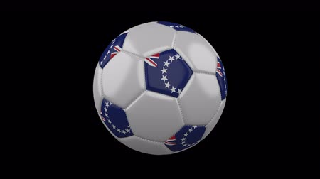 pentágono : Soccer ball with flag Cook Islands colors rotates on transparent background, 3d rendering, 4k prores footage with alpha channel, loop Vídeos