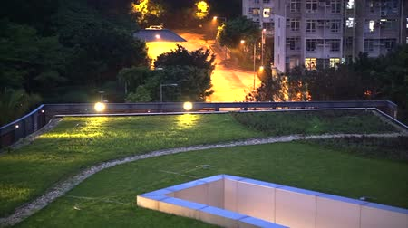 aydınlatma : Urban roof garden on the top of building in evening with landscape lighting
