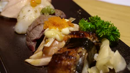 sararmış : Aburi seared sushi set Japanese food video