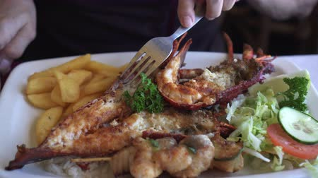 schaschlik : Südafrika Rock Lobster And Seafood Platter Mit Buttersauce Videos
