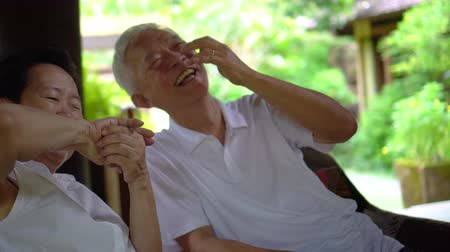 lasting : Asian senior couple fun lasting relationship Stock Footage