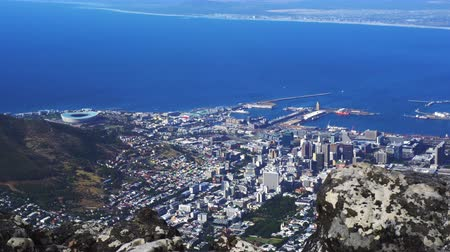 столовая гора : Cape town South africa top view from table mountain Стоковые видеозаписи