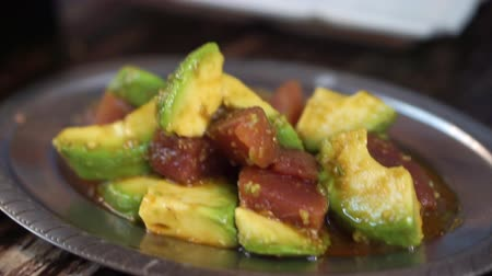 стартер : Japanese night izakaya tuna avocadp appetiser
