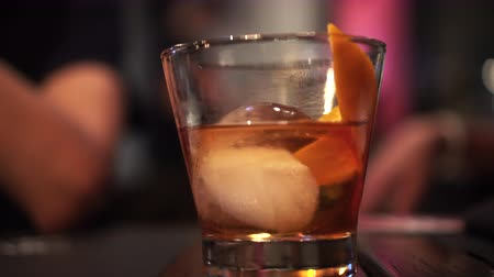 bourbon whisky : Old fashioned cocktail rum and orange on the circular ice