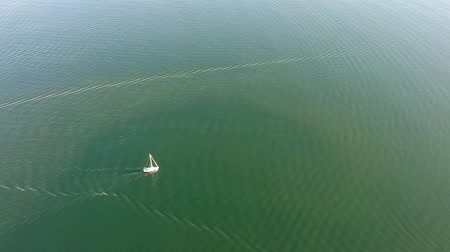 veleiro : Sailing ship yacht with sails at opened sea. Aerial drone view of sailboat at summer.