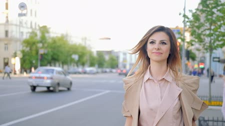 emancipation : Female power. Confident stylish business woman walking in the city Stock Footage