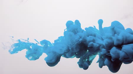 veli : Paint cloud overlay. Abstract veil. Blue smoke puff motion on white background for transition. Filmati Stock