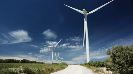efektywność : Wind power and blue sky