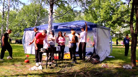 отдыха : playground picnic teenagers camping