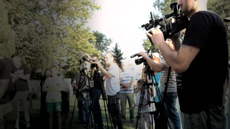 стрельба : cameraman operator photographers media shooting ready for shooting,movie