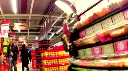 áruk : Shopping in the super  market grocery