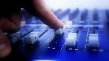Доски : audio-mixer-board-recording