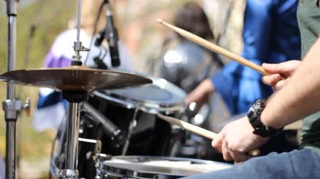 davulcu : rock drummer Stok Video