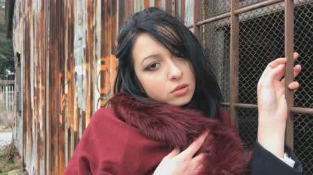 ghetto streets : Beautiful girl in the ghetto