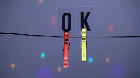 скрепки : clothespin ok text disco light nobody hd footage Стоковые видеозаписи