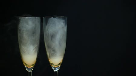 turmix : champagne glass smoke nobody Stock mozgókép