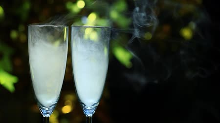 белое вино : champagne glass smoke nobody Стоковые видеозаписи