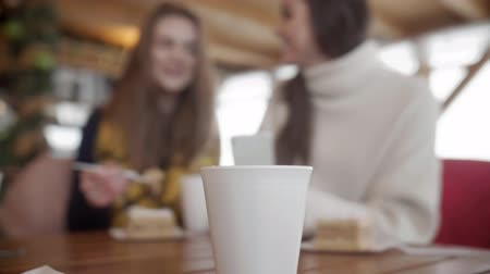 столовая гора : Disposable cup at table
