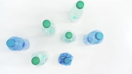 reciclado : Plastic bottles as garbage for recycling