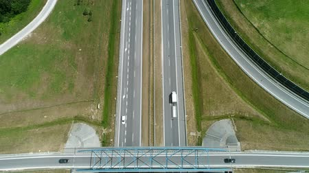 pojazdy : Drone view of highway and overpass in the city