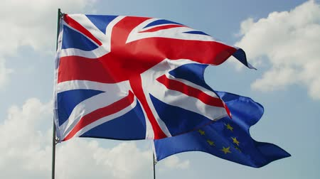 ayrılmak : British Flag and European Union flag