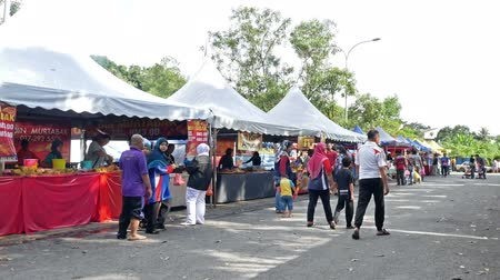 ramadan bazaar : Kuala Lumpur,Malaysia - June 1, 2018 : People seen exploring and buying foods around the Ramadan Bazaar.It is established for muslim to break fast during the holy month of Ramadan.