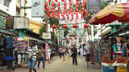 kínai negyed : Kuala Lumpur,Malaysia - June 2, 2019 : Petaling Street is a chinatown which is located in Kuala Lumpur,Malaysia.It usually crowded with locals as well as tourists. People can seen exploring around it.