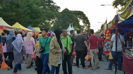 ramadan bazaar : Kuala Lumpur,Malaysia - June 2, 2019 : People seen exploring and buying foods around the Ramadan Bazaar.It is established for muslim to break fast during the holy month of Ramadan.