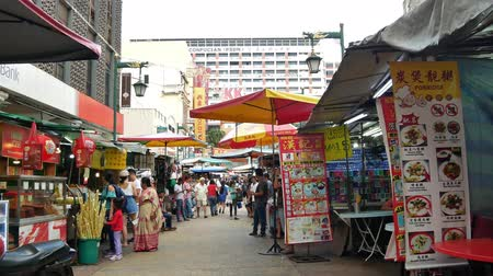 ami : Kuala Lumpur,Malaysia - June 2, 2019 : Petaling Street is a chinatown which is located in Kuala Lumpur,Malaysia.It usually crowded with locals as well as tourists. People can seen exploring around it.
