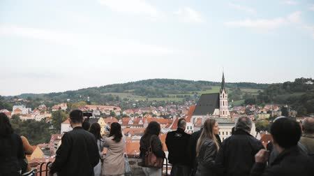 čeština : Cesky Krumlov, Czech Republic - September 25, 2017: People Tourists Sightseeing City From Observation Platform. Cityscape In Sunny Autumn Day