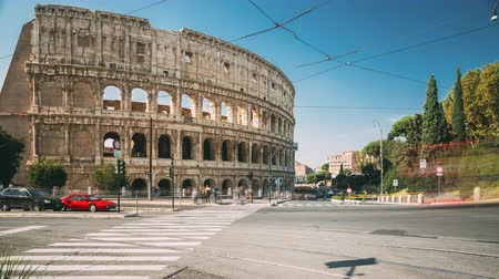 colosseum : Rome, Italy. Colosseum. Traffic Near Flavian Amphitheatre. Famous World Landmark. UNESCO Stock Footage