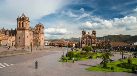 colonial : Cusco Plaza de Armas