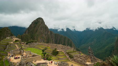 Machu Picchu - ancient Inca citadel in Peru Стоковые видеозаписи